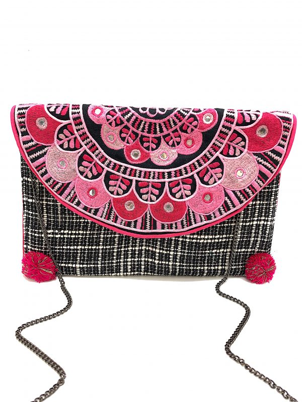 BLACK AND WHITE WOVEN CLUTCH WITH TONAL SHADES OF PINK AND MIRRORS