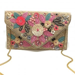 NUDE LACED ENVELOPE CLUTCH WITH FLORAL EMBROIDERY AND SEQUINS
